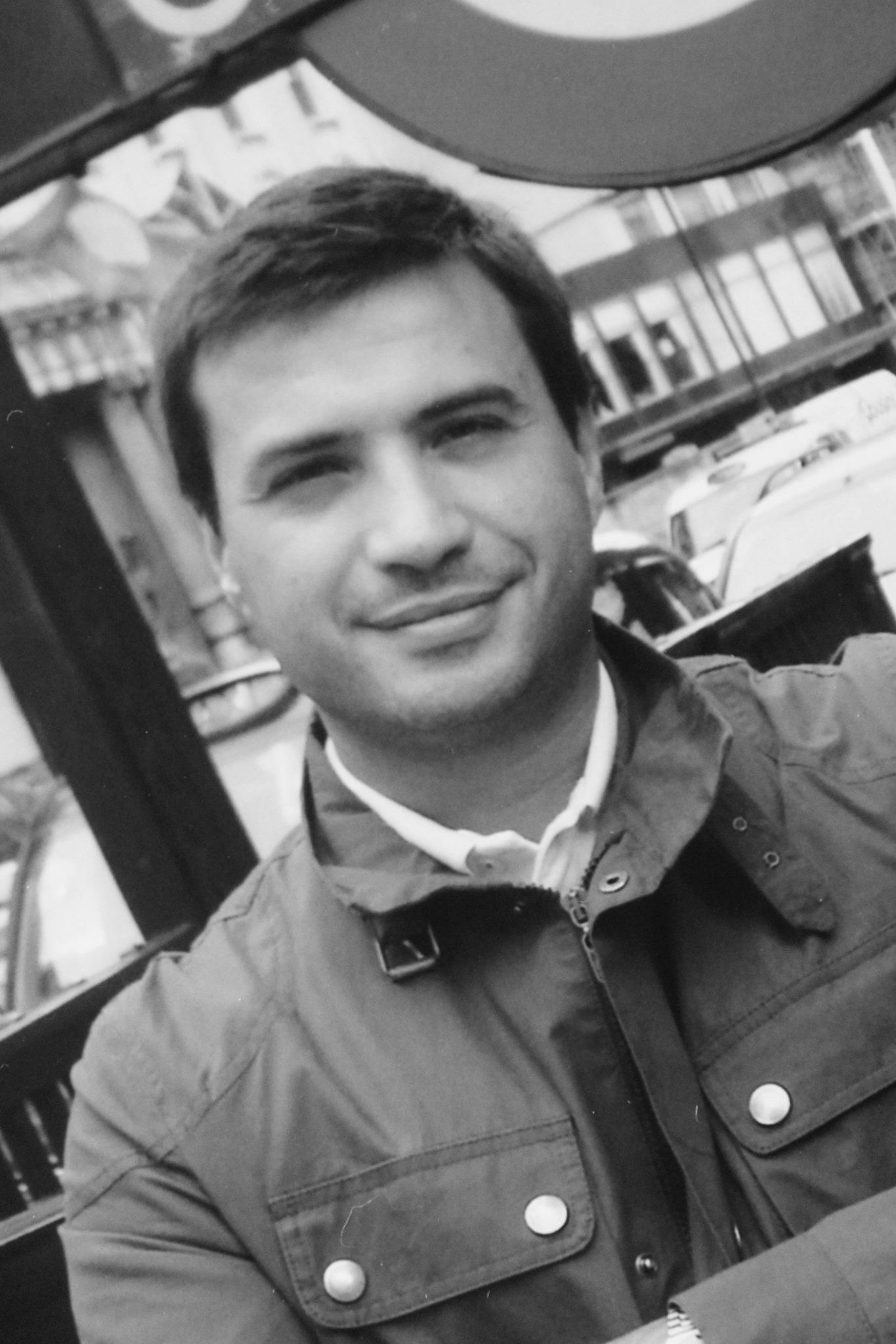 Julio Peral. Decoración. Promoción de marcas internacionales